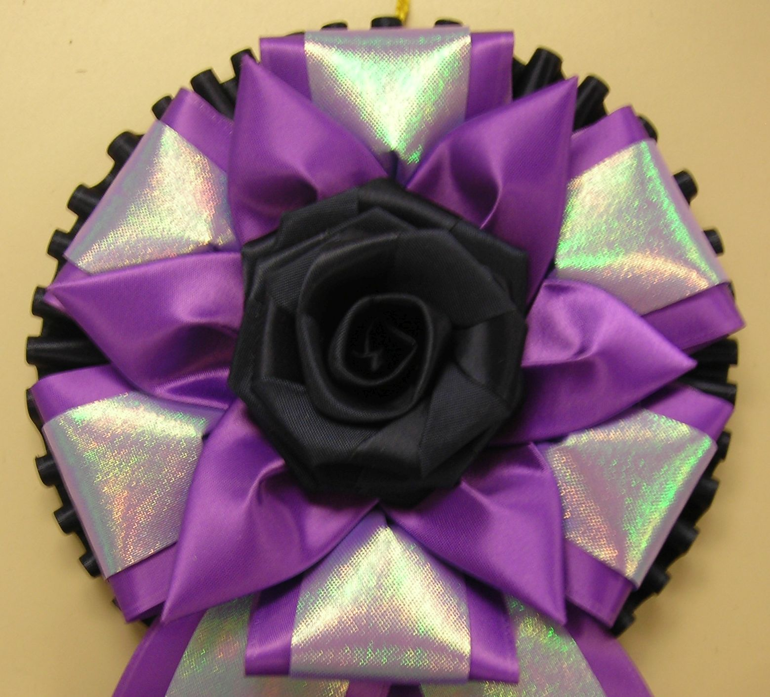 PP4CP with rose button & iridescent accent